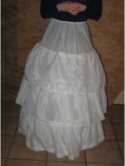 Crinoline blanche  (3 cerceaux)