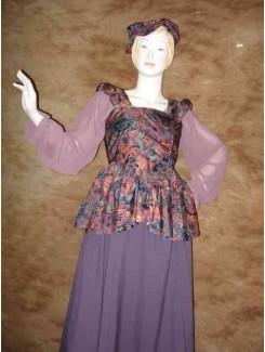 Médiéval draperie lilas