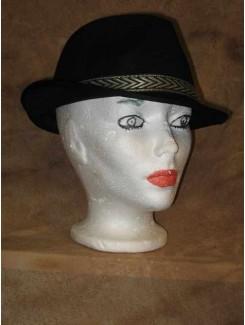 Chapeau Noir et bordure