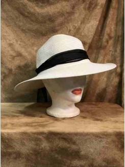 Chapeau Blanc et foulard